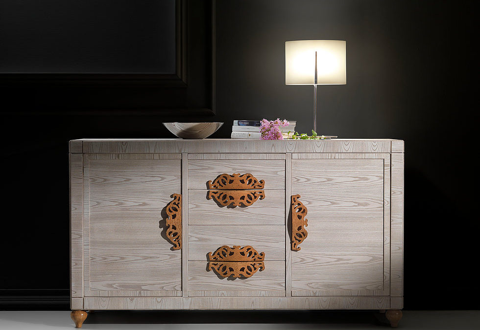 Sideboard in ashwood with 2 doors and 4 drawers