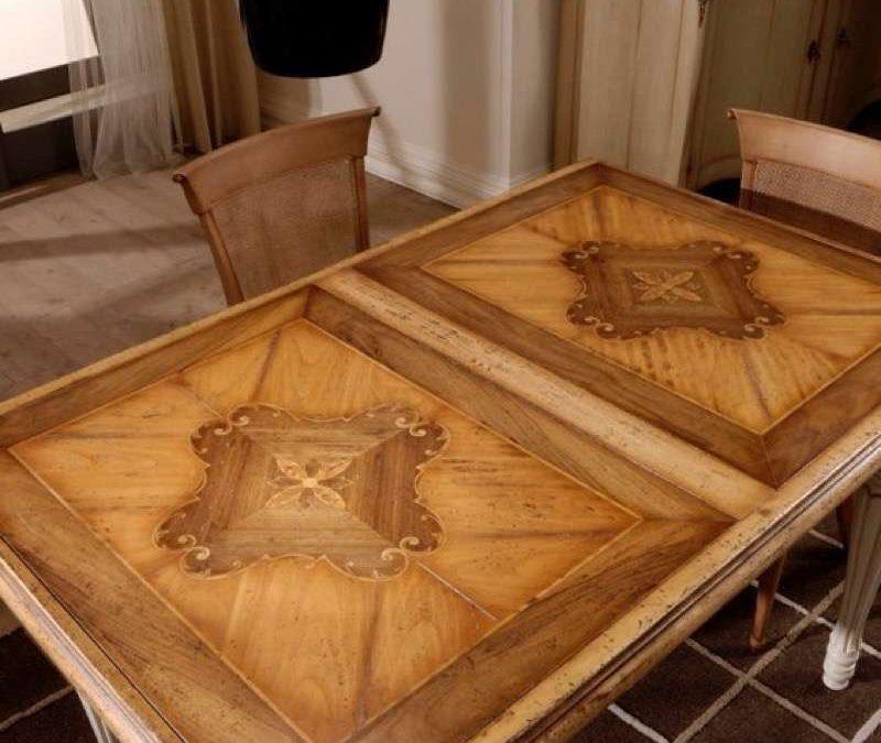 Tavolo quadrato allungabile con 2 allunghe interne da 40 cm