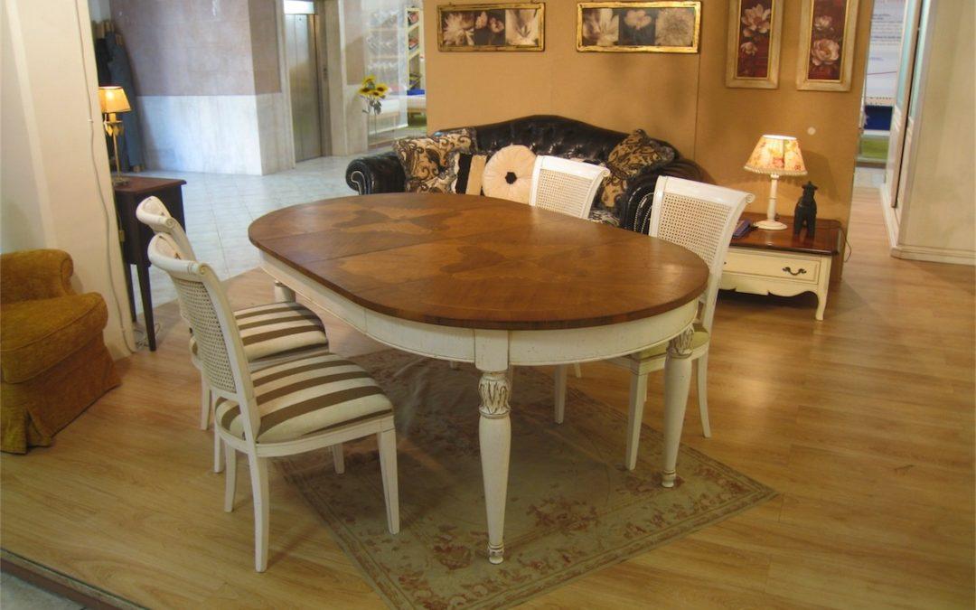 Tavolo ovale allungabile con 2 allunghe (intarsio T152)